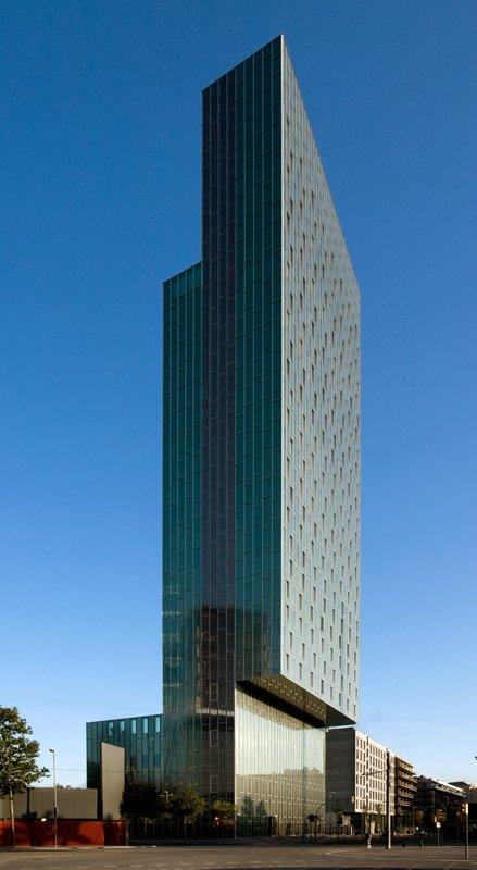 Arquitectura de vanguardia hoteles con car cter me for Best hotel building design